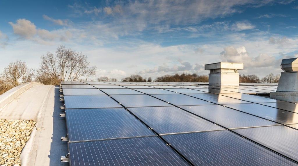 Jual Solar ballastvrij montagesysteem rond gebogen stalen bitumen dak
